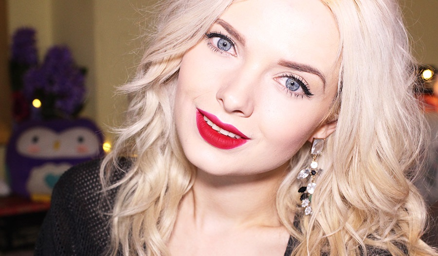 red lipstick pale skin