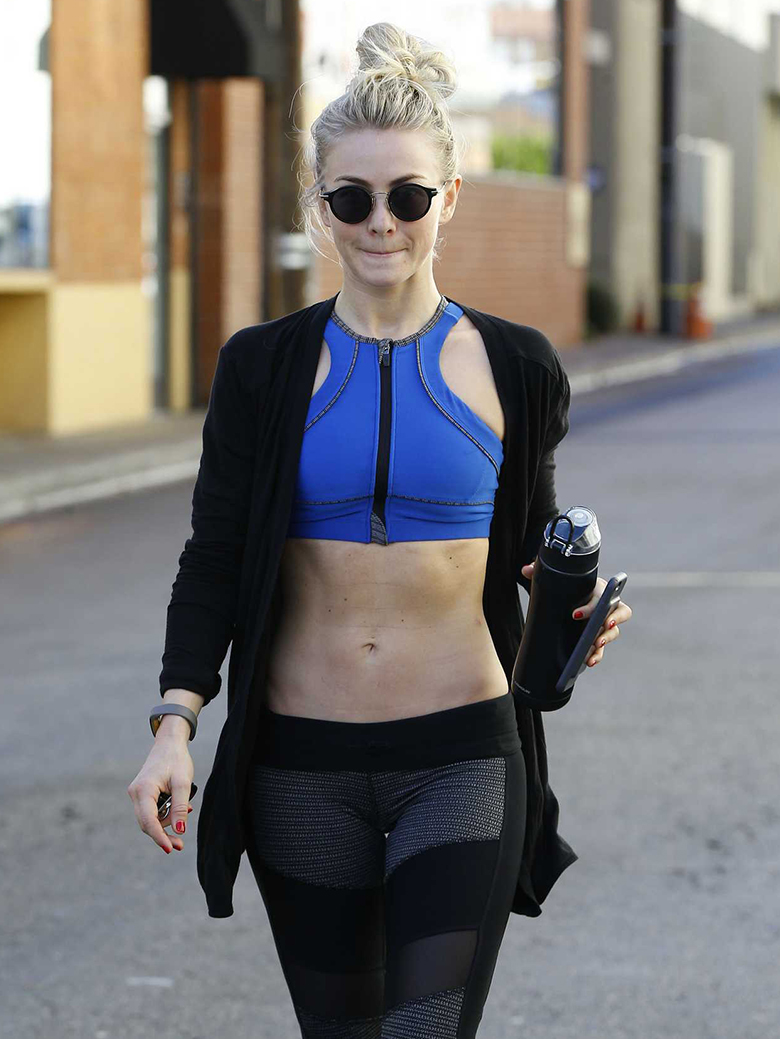 julianne hough blue sports bra black leggings
