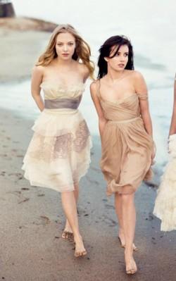 Amanda Seyfried and Emma Roberts beach photo shoot nude dresses