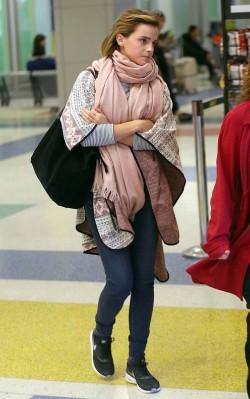 Emma Watson airport style oversized pink scarf