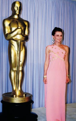 Audrey Hepburn formal / special occasion style pink sari at Oscars - shop the look