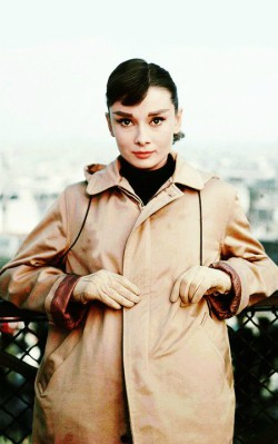Audrey Hepburn winter autumn style brown bomber jacket with black polar neck - shop the look